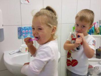MOTYLKI myjemy ząbki